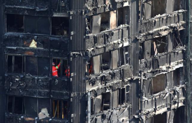 ロンドン高層住宅火災の死者、79人に=警察署長